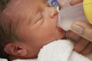 Li-LAC-Neonatal baby feeding